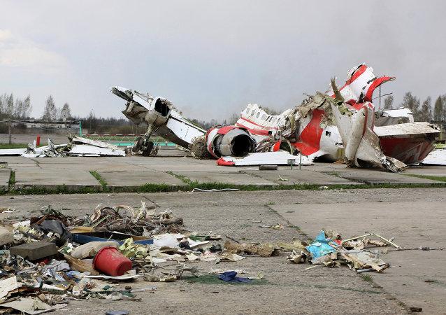 波兰检察长证实前总统专机失事原因为操作失误