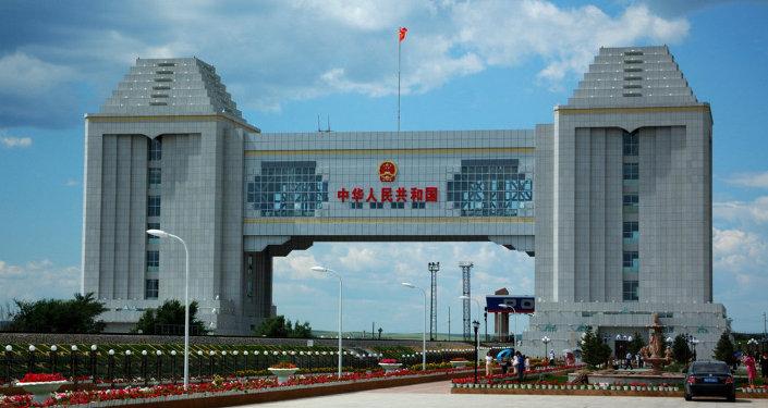 满洲里海关:俄罗斯基础建设拉动中国工程用车出口