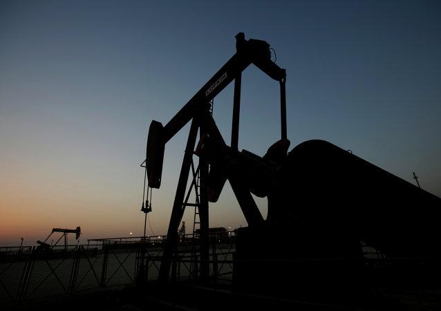 俄能源部长:俄能源部期待2017年石油价格处于每桶55-60美元水平