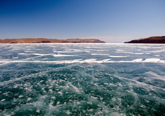中国同江至俄下列宁斯阔耶浮箱固冰通道将于4月3日停止运营