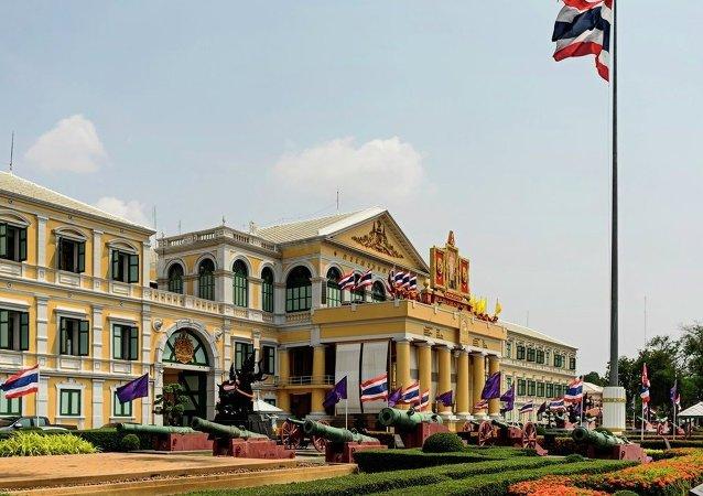 一泰國男子因在Facebook上侮辱國王被泰國法院判處6年監禁