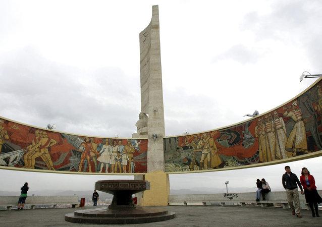 烏蘭巴托蘇軍紀念碑