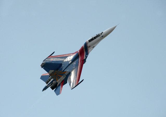 俄空军苏-27战机