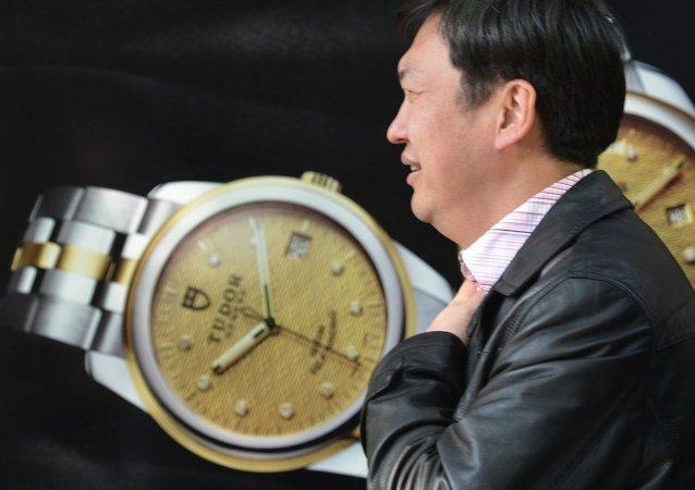 外媒:中国聘请私家侦探追查外逃资金