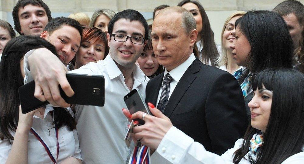 普京稱其當選最有影響力人物體現出對俄羅斯的尊敬