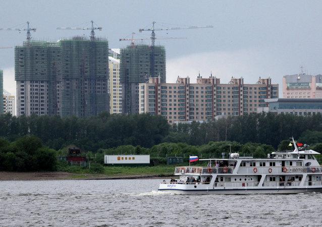 中国将于今底前完成跨阿穆尔河铁路桥中国段的建设