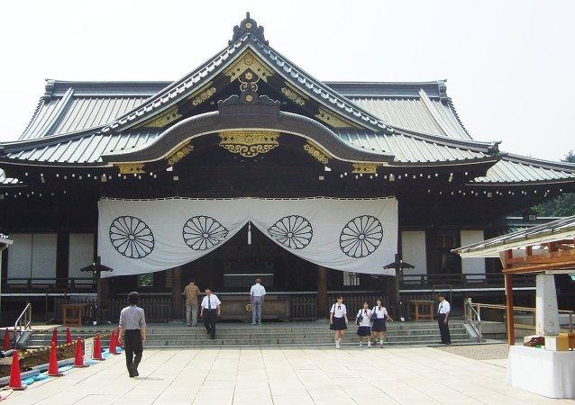 日本首相未參拜靖國神社 但奉送祭祀禮品