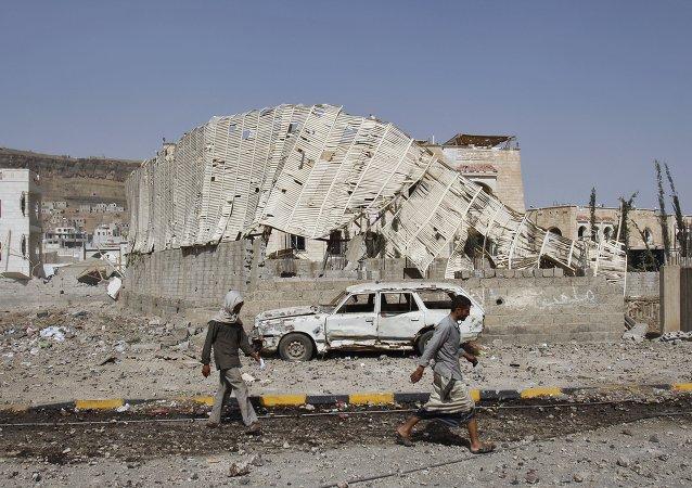 媒体:阿拉伯联军摧毁也门一处胡塞武装军事设施