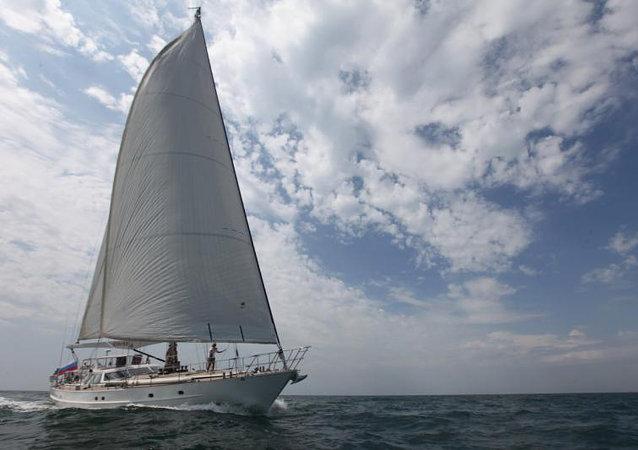 中國青島號帆船