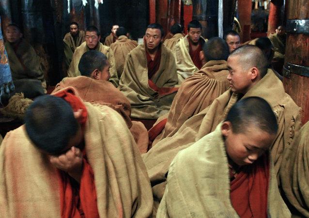 尼泊爾強震致中國西藏至少20人死亡