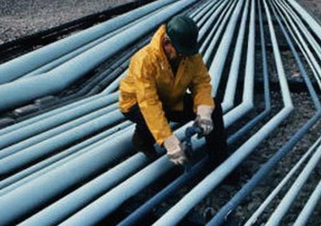 中国外交部:不存在中国单方面开发东海油气的问题