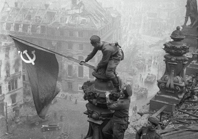 伊万诺夫:西方欲改写历史,意在孤立俄罗斯