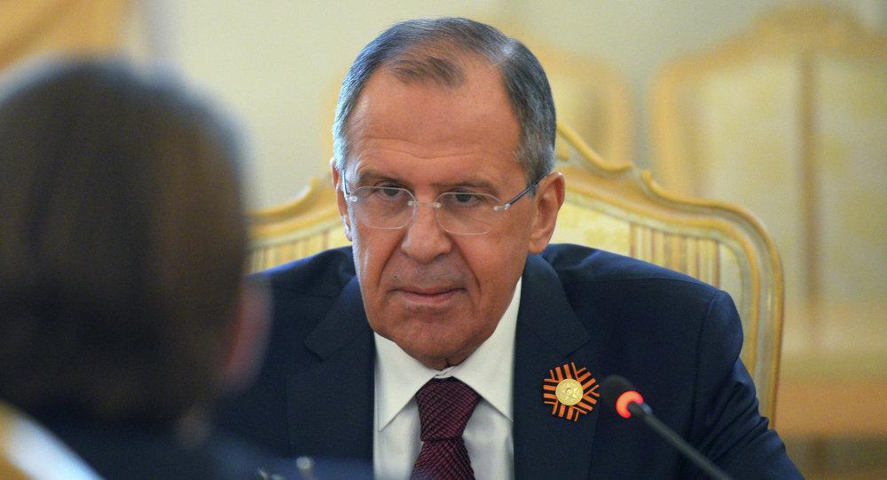 拉夫羅夫:應當遵守明斯克協議 為此需要基輔和頓巴斯直接對話