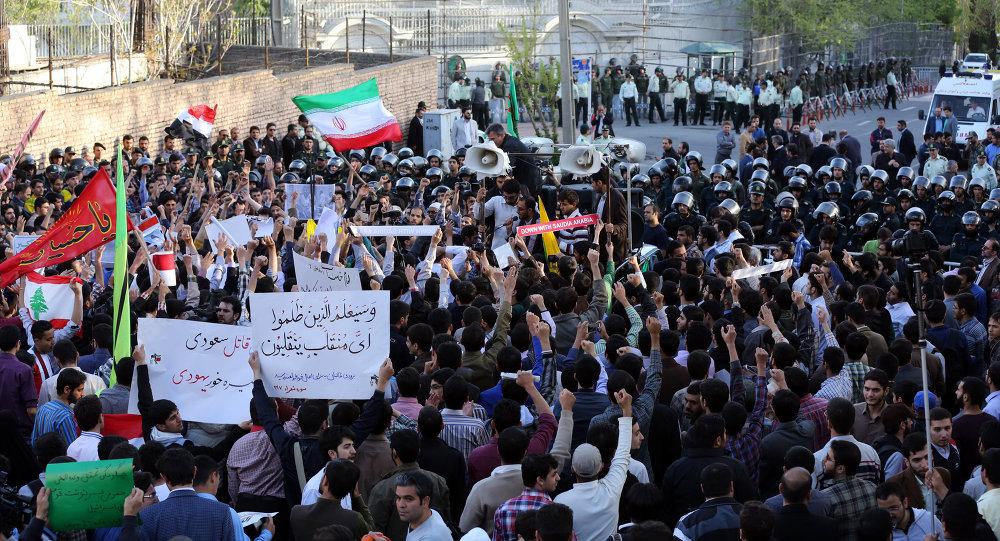 伊朗舉行大規模活動支持也門人民