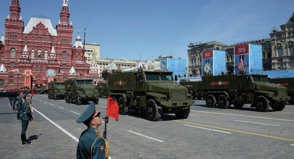 普京:未来三年俄国防支出将降至GDP的2.7-2.8%