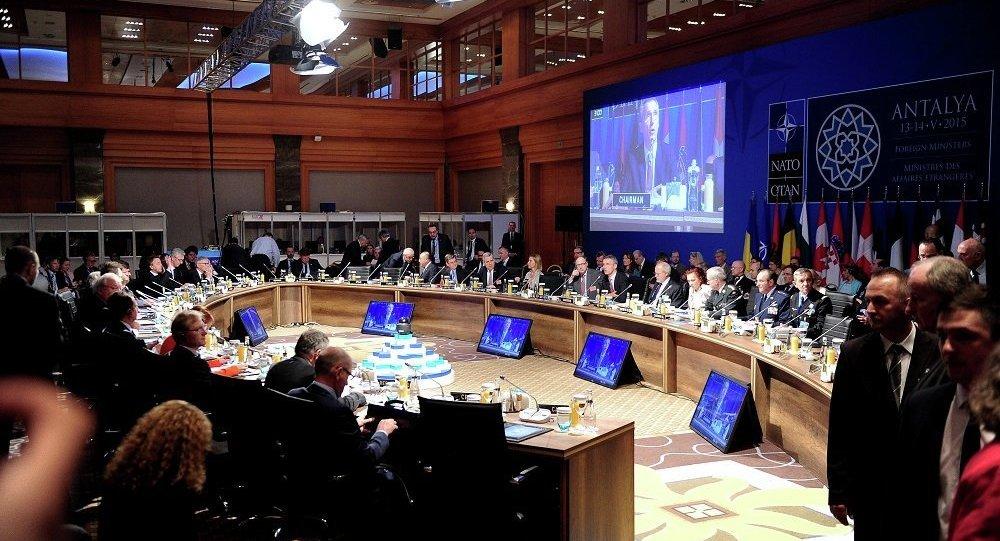 德國外長:北約各國外長贊成同俄設立聯絡渠道