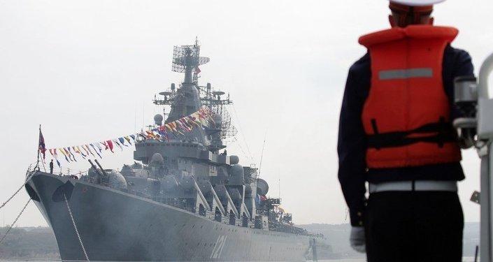 俄黑海舰队监控海上微风军演北约参演军舰