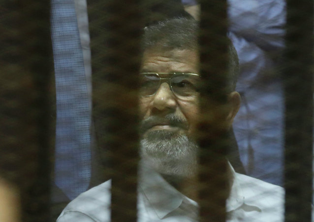 埃及法庭判处前总统穆尔西死刑