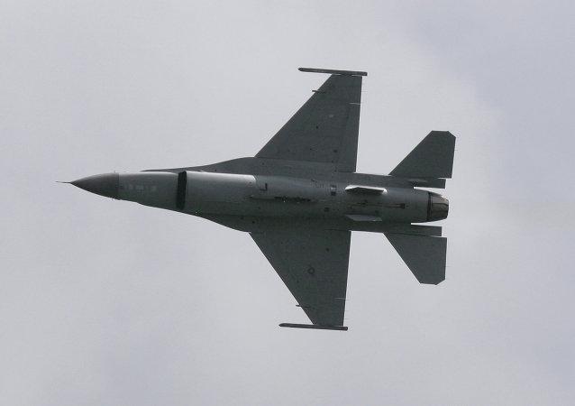 F-16「戰隼」飛機