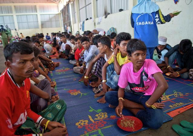 孟加拉国和缅甸同意让难民专员办事处参与遣返罗辛亚难民工作