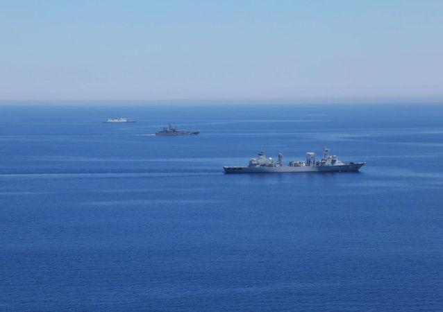 中國國防部:「海上聯合—2015(II)」中方編隊通過對馬海峽