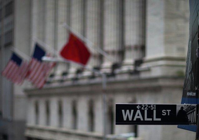 民调:三分之二美国人忧心中美贸易战前景