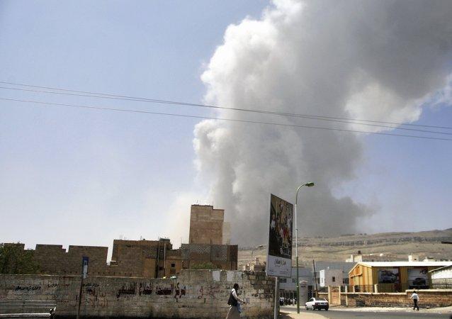 沙特阿拉伯对也门空袭造成30余名平民死亡