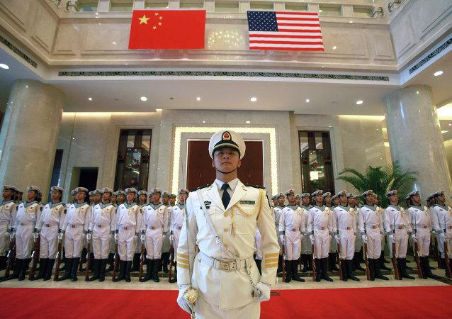 中国国防部:希望推动中美军事关系发展