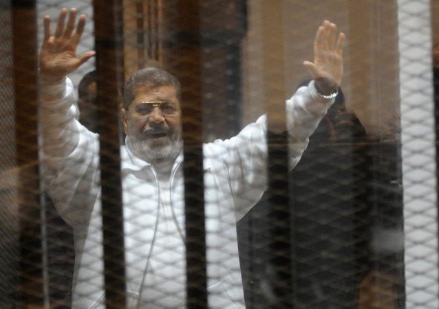 开罗法院对埃及前总统穆尔西的宣判日期推迟至6月16日