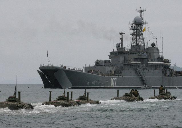 太平洋舰队使用防空系统在鄂霍次克海击退假想敌的空袭