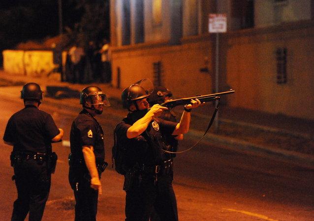 媒体:美国俄勒冈州学院射击事件造成15死亡,20余人受伤