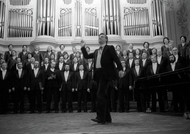 """在俄罗斯""""人民艺术家""""亚历山大·切尔努申科执棒下,俄罗斯圣彼得堡卡贝拉合唱团"""