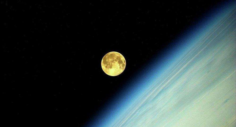 """中国拟通过""""嫦娥八号""""为构建月球科研基地做前期探索"""