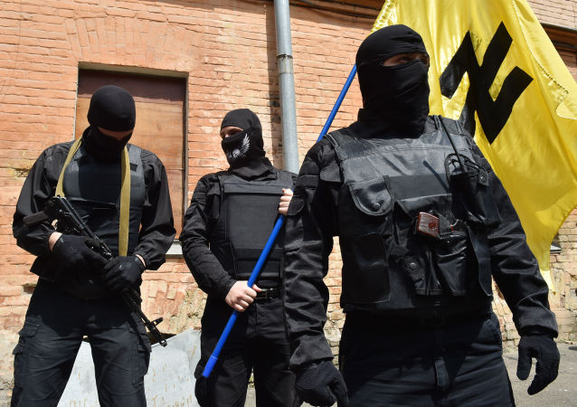 """""""右区""""两名成员在穆卡切沃的枪击中丧生"""