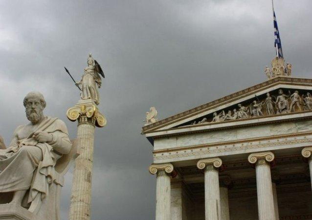 希腊奉行全方位外交政策 加强与俄中美关系