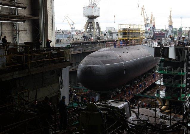 俄海军总司令:将于2018年开始建造装备不依赖空气推进设备的潜水艇