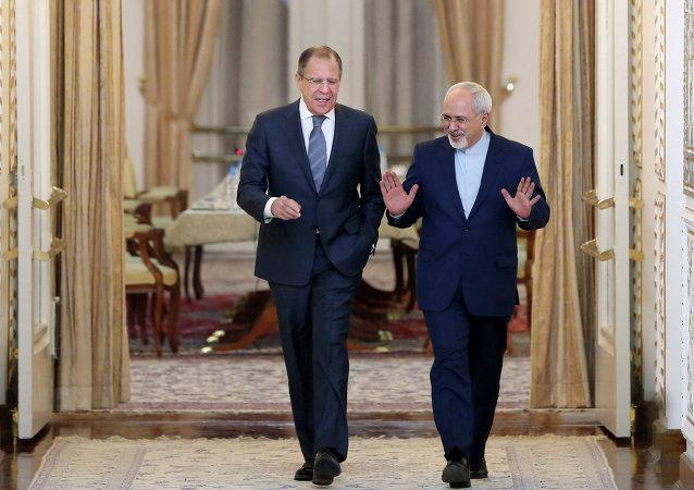俄罗斯和伊朗外长商定加强在中东的相互协作