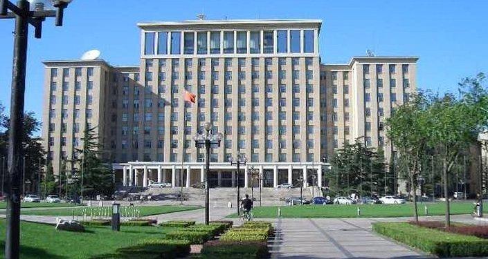 清华大学和圣彼得堡国立大学将共建必威体育研究院