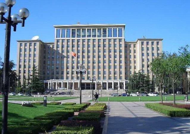 清华大学和圣彼得堡国立大学将共建俄罗斯研究院
