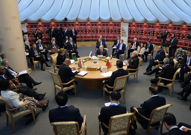 金磚國家領導人開始小範圍會談