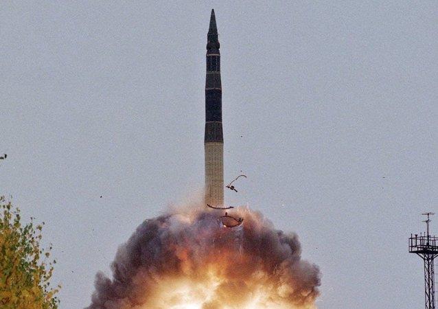 """俄2016年""""深蓝""""洲际弹道导弹的国家订购将按时全部完成"""