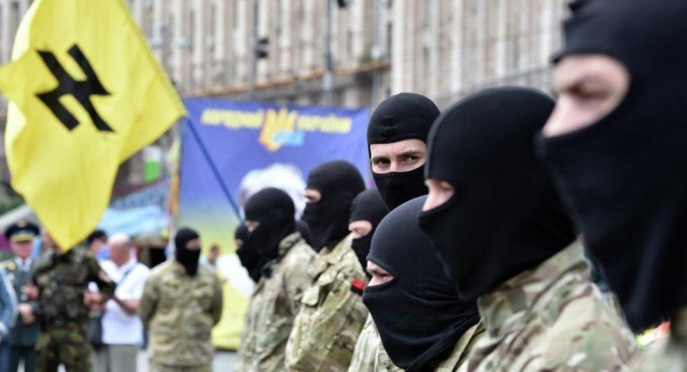 电视台:基辅匿名人士从政府信使手中抢走政府信件及枪支