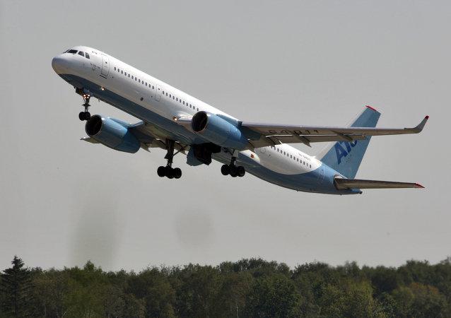 俄工贸部:图-204因卢布贬值获竞争优势