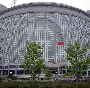 中国外交部,中方会继续与伊朗保持石油领域合作