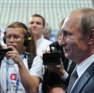 克宫尚不确定普京是否会出席俄罗斯队对战克罗地亚队四分之一决赛