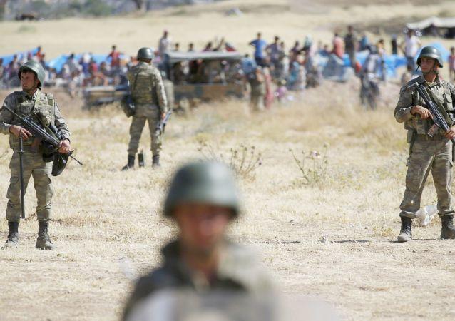 土耳其东南部发生爆炸,造成2名军人死亡,4人受伤