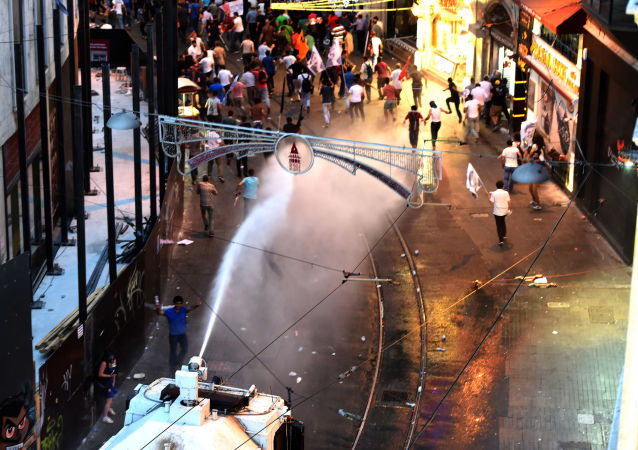 因土耳其空軍轟炸伊拉克在國內多個省份引發騷亂
