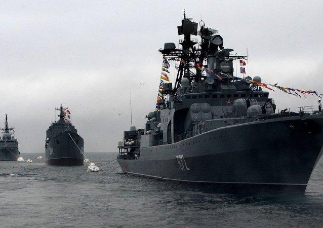 俄太平洋艦隊艦艇支隊訪問菲律賓馬尼拉