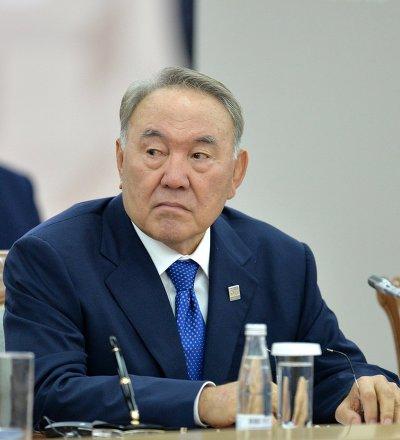 哈薩克斯坦總統預祝普京贏得俄總統大選