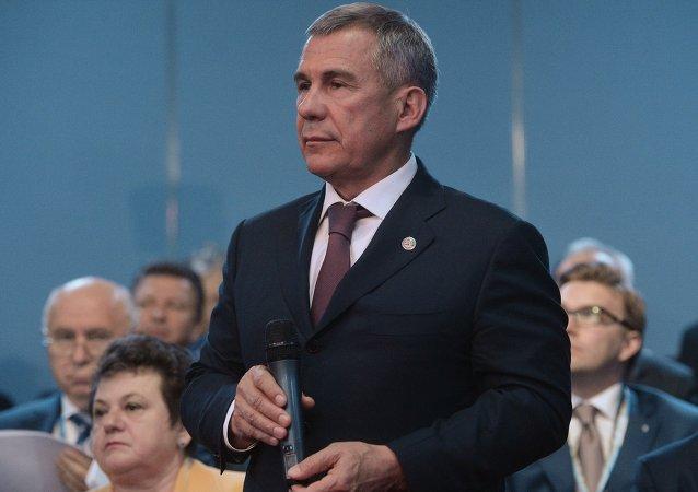 魯斯塔姆·明尼哈諾夫